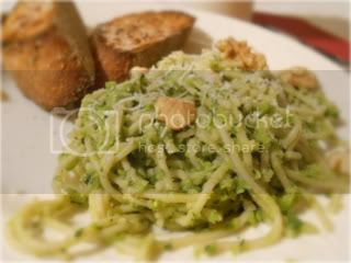 Pasta with Green Pea Pesto